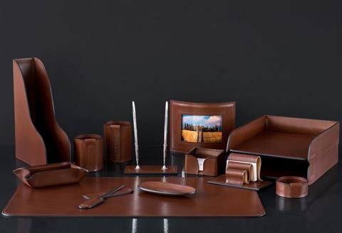 Настольный набор руководителя 14 предметов из кожи Full Grain Toscana, Dk.Таn
