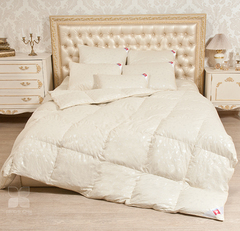Одеяло Камелия Пух 1 категории Легкое