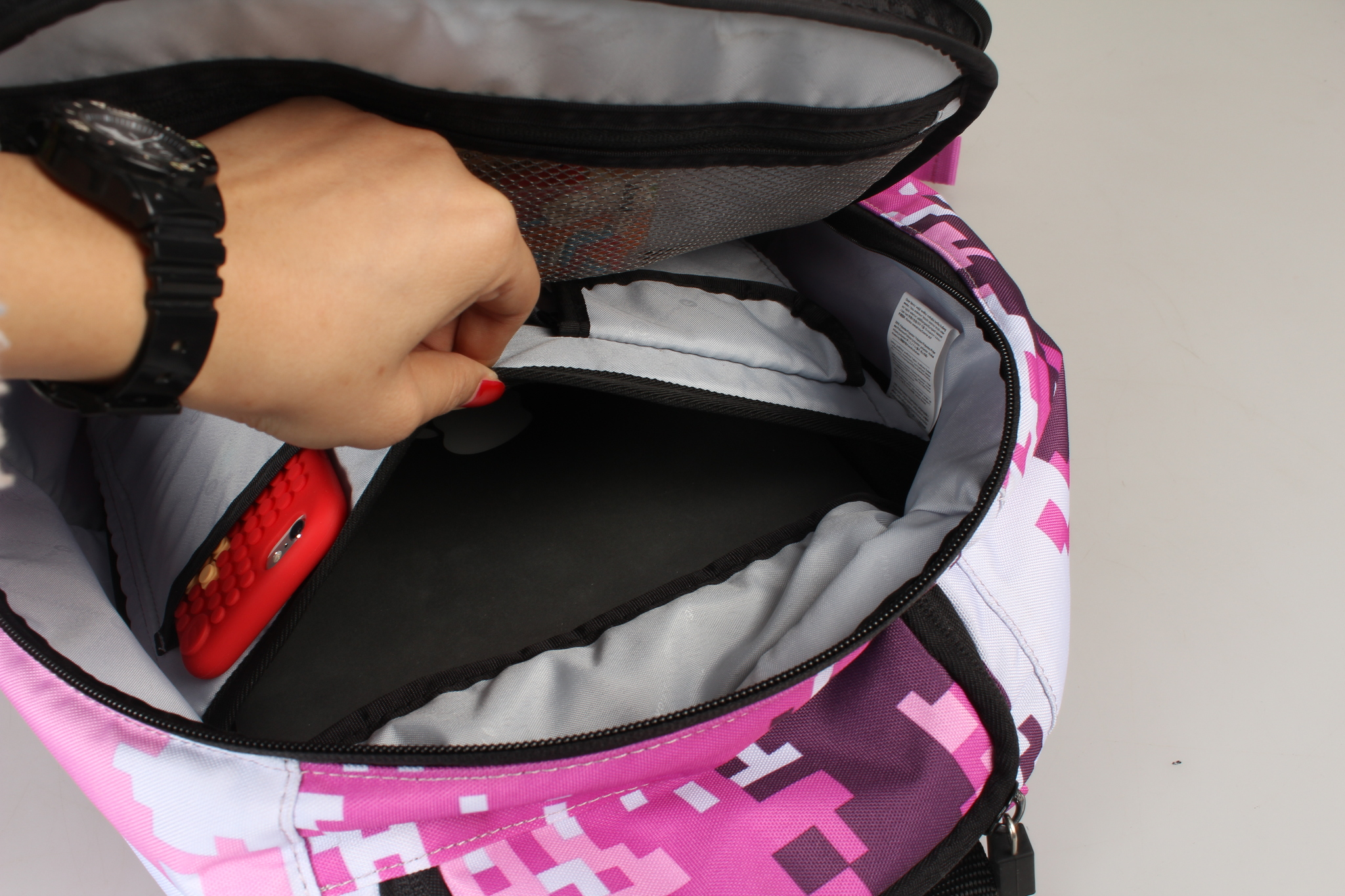 Школьный пиксельный рюкзак Camouflage розовый карман для планшета