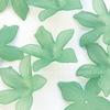 Бусина акриловая Цветочек зеленый 27х7 мм