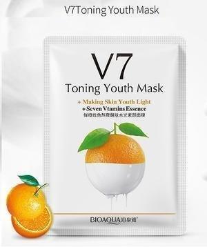 Витаминная маска с экстрактом апельсина Bioaqua V7 Toning Light