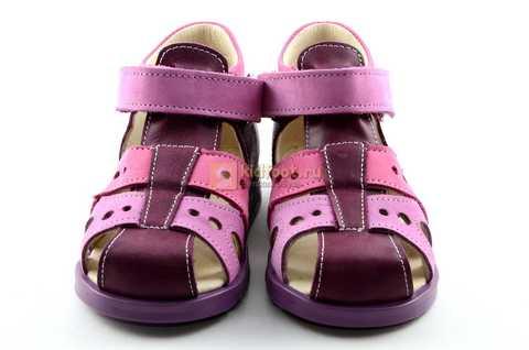 Босоножки Тотто из натуральной кожи с закрытым носом для девочек, цвет Сирень / Фиолетовый, M053B. Изображение 5 из 12.