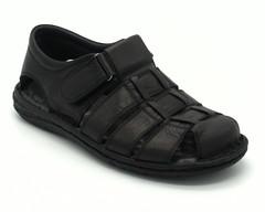 Черные кожаные сандалии на застежке-липучке