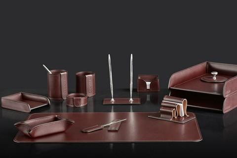 На фото набор на стол руководителя 72817 13 предметов кожа LUX Full Grain цвет