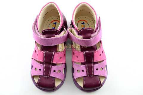 Босоножки Тотто из натуральной кожи с закрытым носом для девочек, цвет Сирень / Фиолетовый, M053B. Изображение 9 из 12.