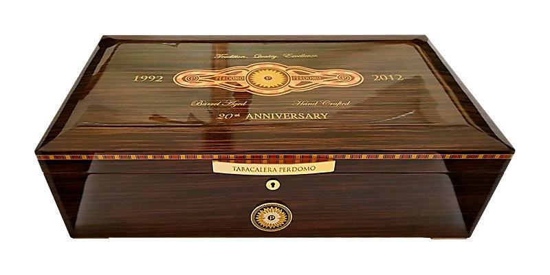 Хьюмидор Perdomo 20th Anniversary Humidor Limited Edition