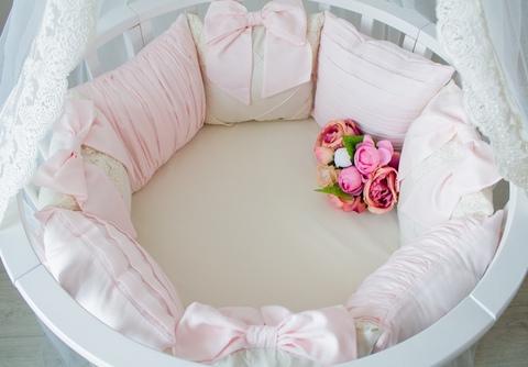 Комплект в круглую/овальную кроватки Rose