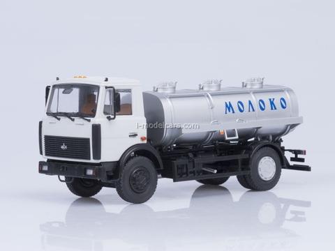 MAZ-5337 ACIP-7,7 tanker Milk 1:43 AutoHistory