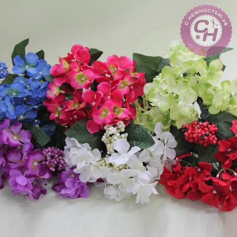 Гортензия искусственная с ягодной добавкой, букет 35 цветков, 5-6 см.