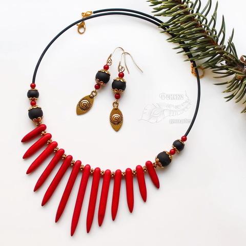 Бусина Говлит (тониров), продолговатая, цвет - красный, 20-50х5 мм, нить (Комплект украшений ручной работы. Пример)