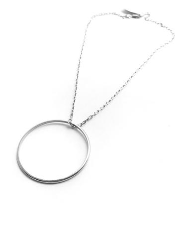 Серебряное колье с кольцом 40 мм