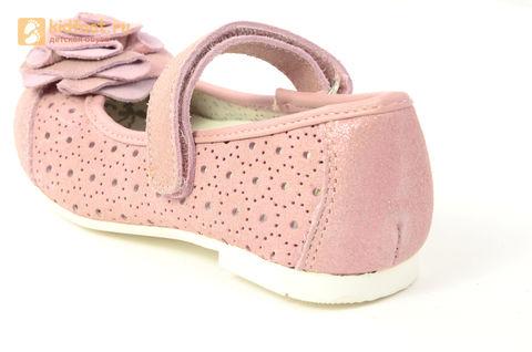 Детские туфли Котофей 332037-22 из натуральной кожи, для девочки, розовые. Изображение 13 из 14.