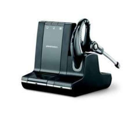 Plantronics Savi (Over-the-ear) W730M,  — беспроводная система для компьютера, мобильного и стационарного телефона в комплекте с электронным микролифтом