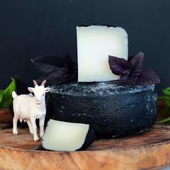 Козий сыр твердый