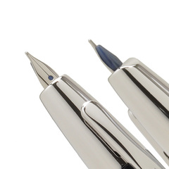 Перьевая ручка Pilot Capless Décimo (цвет: Light Blue - голубой металлик; перо золотое 18К с родиевым покрытием Fine 0,3 мм)