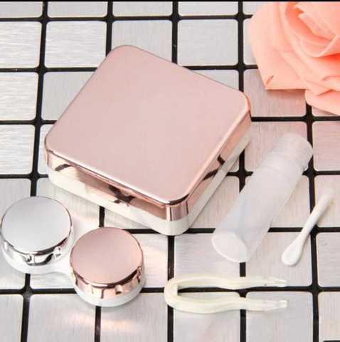 Розовый дорожный контейнер для контактных линз