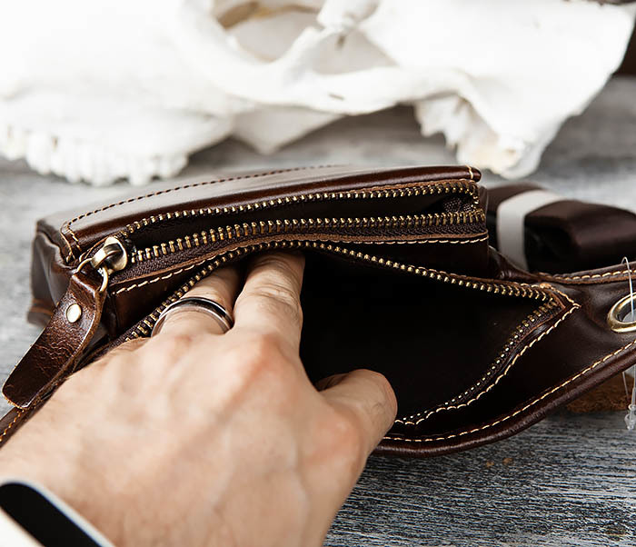 BAG442-2 Набедренная кожаная сумка коричневого цвета фото 08