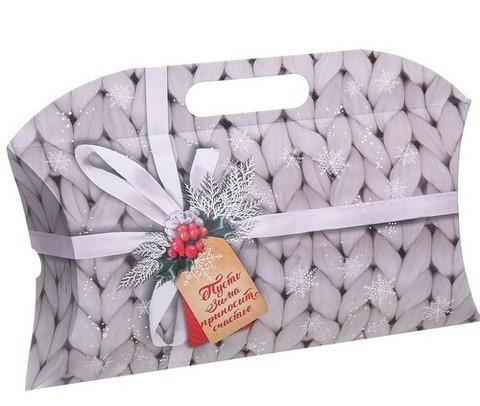 9960 Коробка подарочная «Пусть зима приносит счастье», 21,5 х 13,5 х 5 см