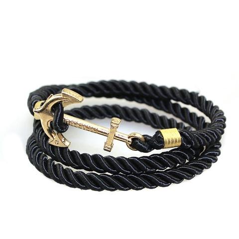 Черный браслет с золотым якорем