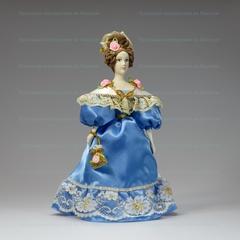 Молли - кукла в костюме 19 века