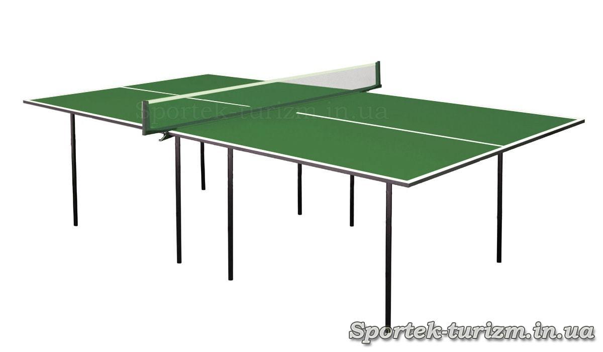 Простой зеленый теннисный стол для помещений
