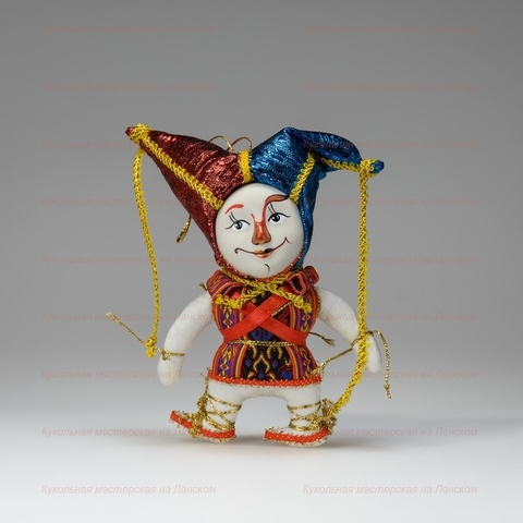 Кукла в маске
