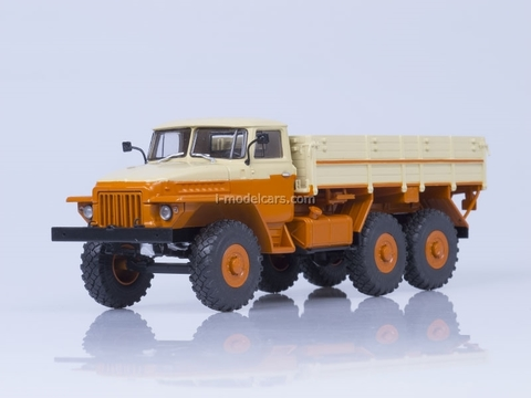 URAL-377 flatbed Autoexport orange-beige 1:43 AutoHistory
