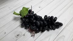 Гроздь винограда (100 ягод), 20 см, 1 шт.