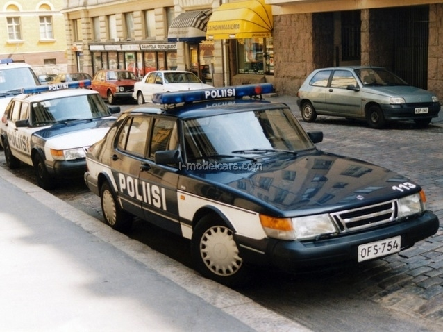 Saab 900 Turbo Finland Police 1:43 DeAgostini World's Police Car #72