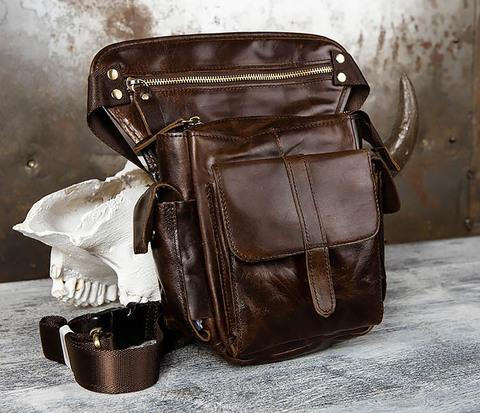 Вместительная сумка на бедро из натуральной кожи