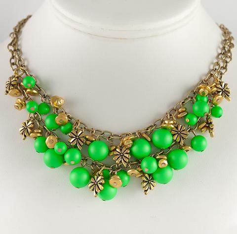 5810 Хрустальный жемчуг Сваровски Crystal Neon Green круглый 10 мм (пример. Колье с жемчугом Сваровски)