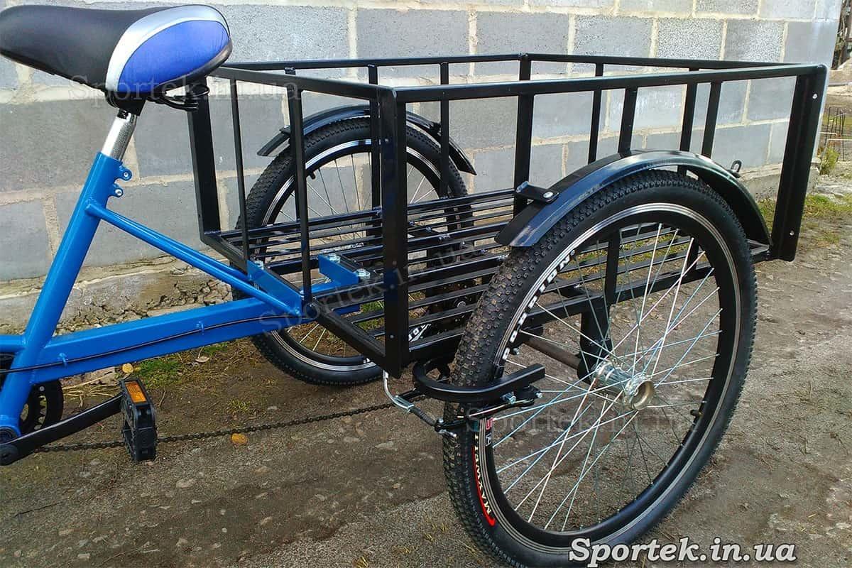 Седло и грузовая платформа трехколесного грузового велосипеда 'Греция'