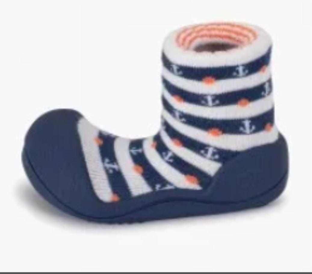 Детская обувь, ботинки марки Attipas с якорями