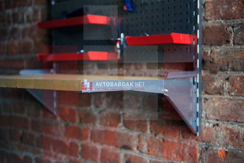 Откидной стол с креплением на вертикальные направляющие IF