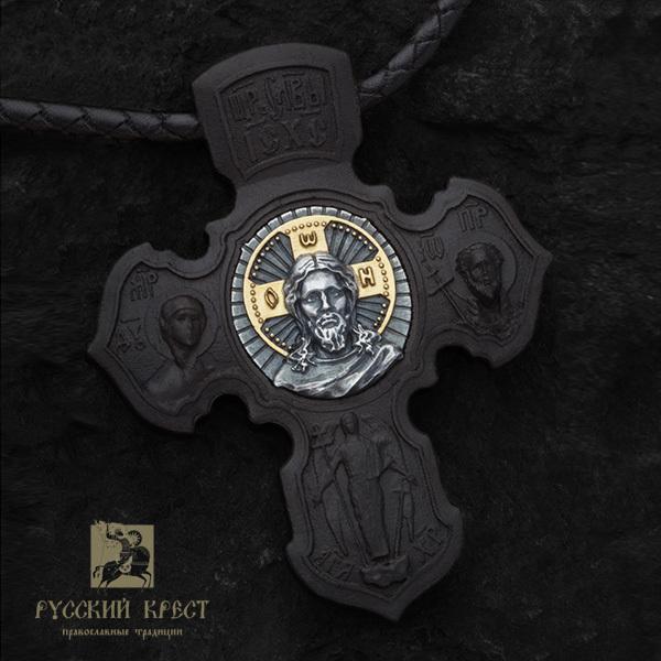 Деревянный нательный крестик в мастерской Русский крест