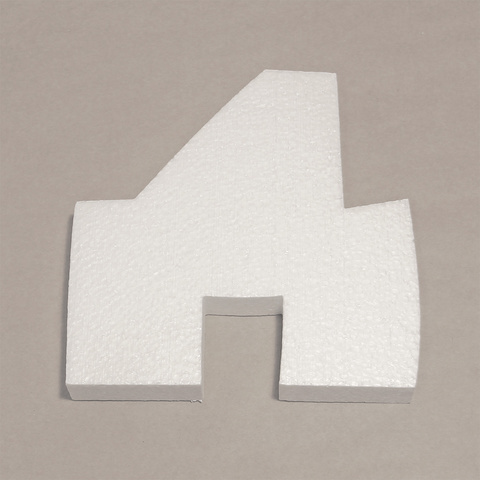 Буква Д шрифт BeeskneesC