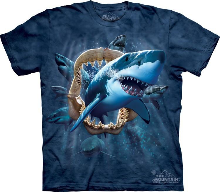 Футболка Mountain с изображением атаки акулы - Shark Attack