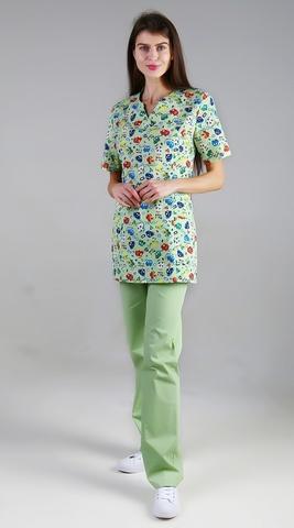 Хирургический костюм с принтом зеленый