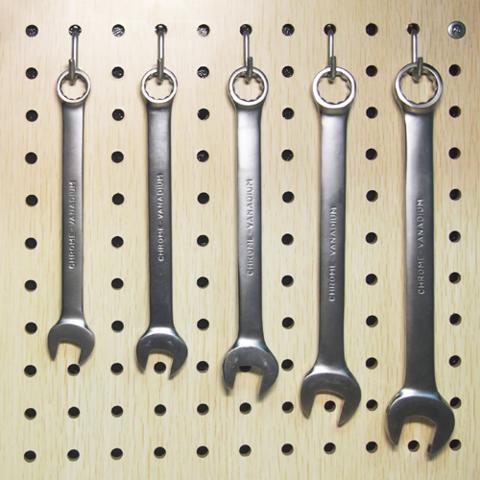Крючок для перфопанели — малый скругленный (6 шт.) PH802