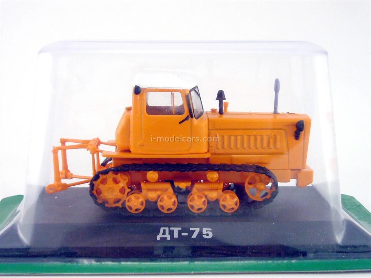 Tractor DT-75 1:43 Hachette #12