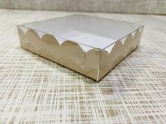 Коробка 10х10х2.5 см, картон, с прозрачной крышкой и ажурным краем,