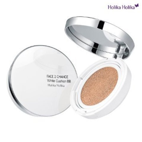 Holika Holika Face 2 Change White Cushion BB