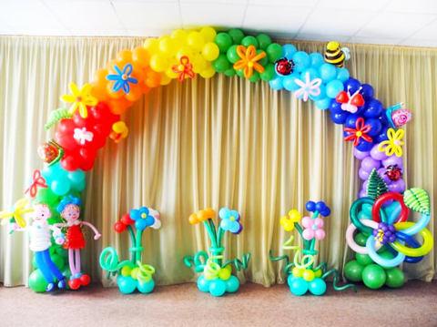 Выпускной в саду Цветочная арка