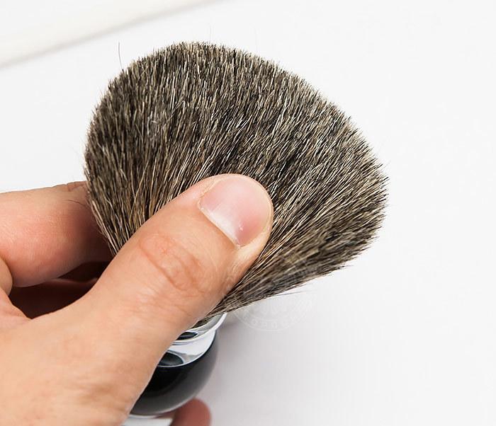 RAZ303-1 Помазок для бритья с рукояткой темно-синего цвета фото 05
