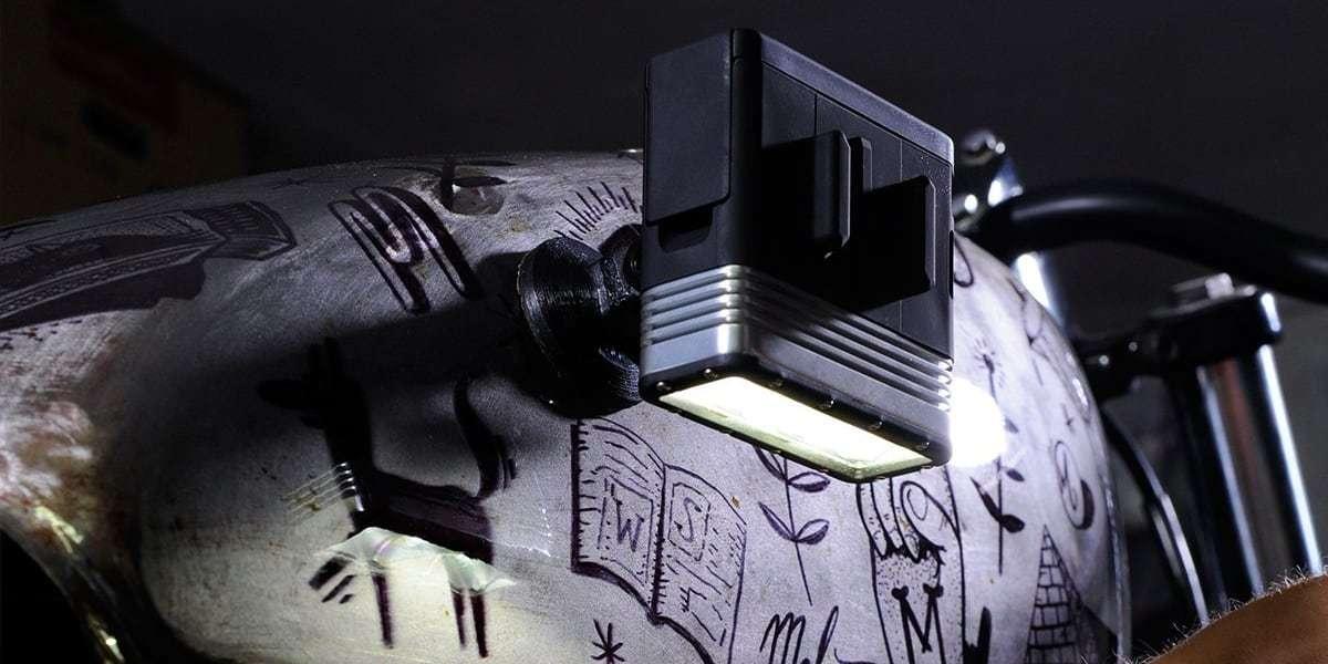 Магнитное крепление SP Magnet mount крепит фонарь