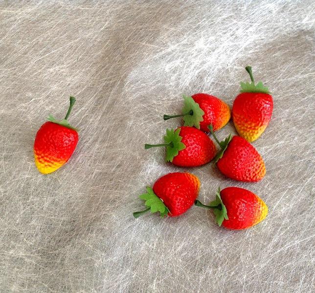 Искусственные фрукты, овощи, орехи 3-5 см.