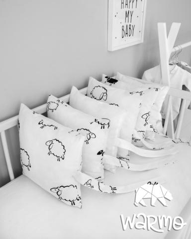 Набір бортиків-подушок в ліжечко 30x30см ОВЕЧКИ (БІЛІ)