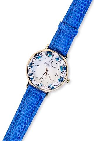 Часы на синем кожаном ремешке с бело-синим циферблатом