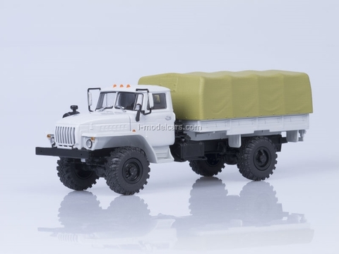 Ural-43206 4x4 board with awning white 1:43 AutoHistory