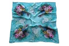Итальянский платок из шелка голубой с цветами 5278